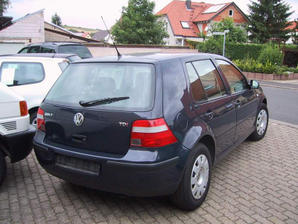 VW_GOLF_IV_1.9_TDI_Limousine_2.jpg